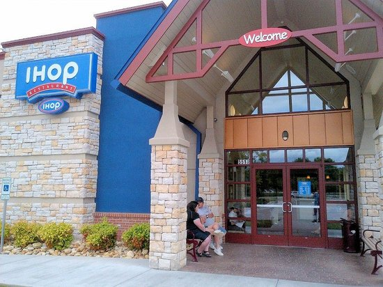 IHOP in Wytheville, VA. IHOP locations in and around Wytheville. Store hours, phone numbers, coupons and driving directions. Find local restaurant listing near you. Advertisement. IHOP Classified Listings. IHOP. 65 Peppers Ferry Road Nw, Christiansburg, VA
