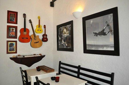 Migrante Guesthouse: sala interna