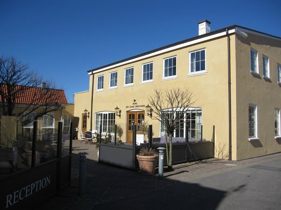 Hotel Skibssmedien Skagen: Entrance of the hotel