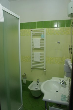 Eco Art Hotel Statuto : Salle de bain