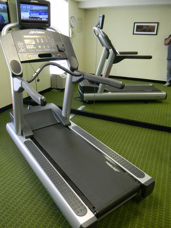 Fairfield Inn & Suites Beckley : New LifeFitness Treadmill with personal monitor
