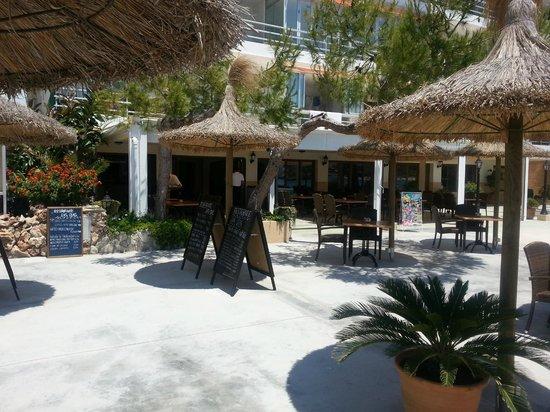 Restaurante Las Olas: Outside Las Olas