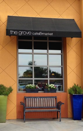 The Grove Cafe & Market: Entrance