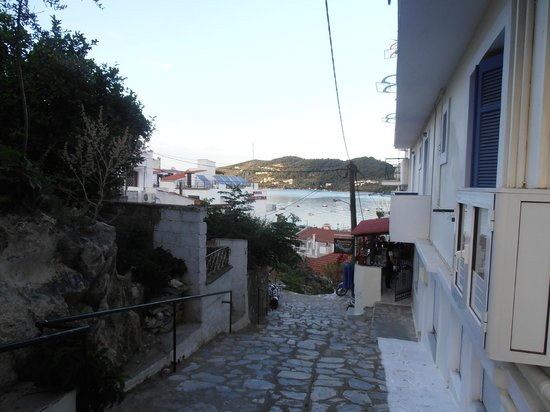 Babis Hotel: View from street