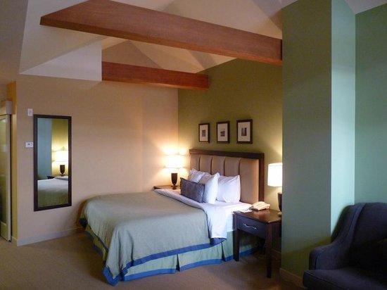 Crystal Lodge Hotel: Bedroom area