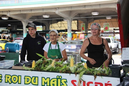 Jean-Talon Market: My long time family selling the best corn 30 minutes from the market Ruby Roy photo