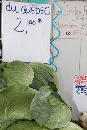 Mercado Jean-Talon: Inexpensive Ruby Roy photo