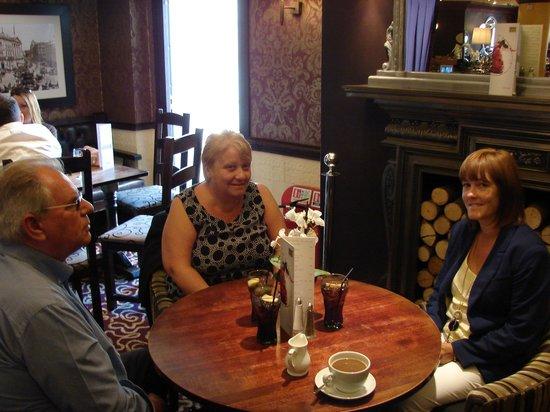 William's Bar and Bistro : Saturday lunch at William's
