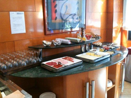 Hotel Villacarlos : Buffet colazione tedesca