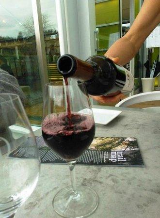 """Brick Bay Sculpture Trail: BRICK BAY PHAROS 2009 """"A complex blend of red Bordeaux varietals"""""""