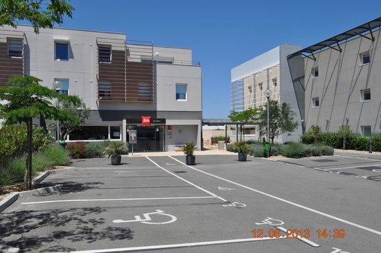 Ibis Budget Istres-Trigance : Parking
