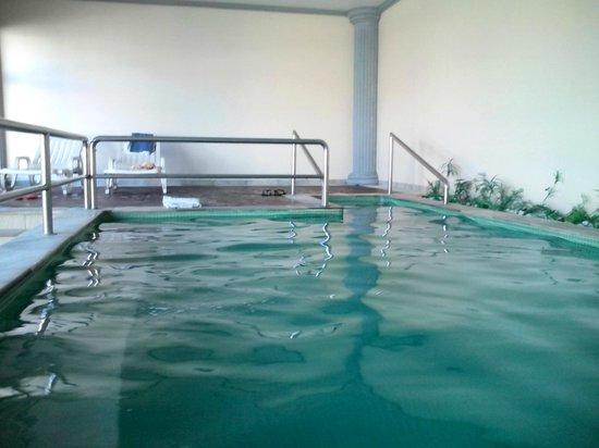 Hotel Portal das Aguas: Piscina Aquecida