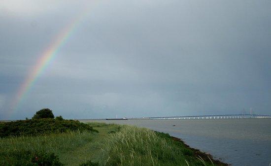 Dragør Havn : The oresund bridge from Dragor