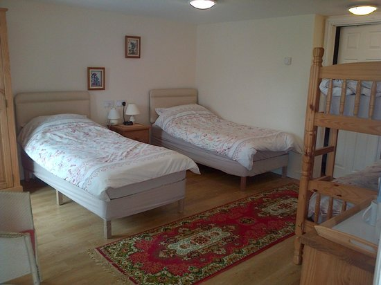 White Haywood Farm B&B: Ground floor en-suite family/double/twin (pets welcome)