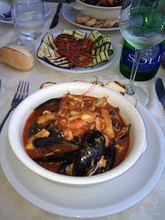 Ristorante Canneto: zuppa di molluschi
