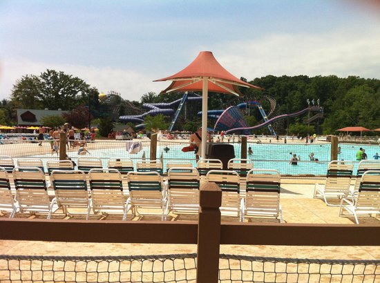 Holiday World & Splashin' Safari : The view from our cabana