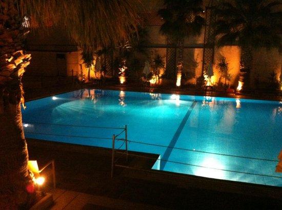 Grand Leoniki: Une des piscines