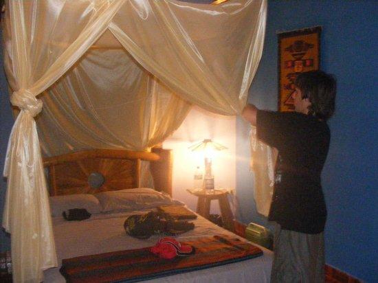 Balsa Surf Camp: habitacion