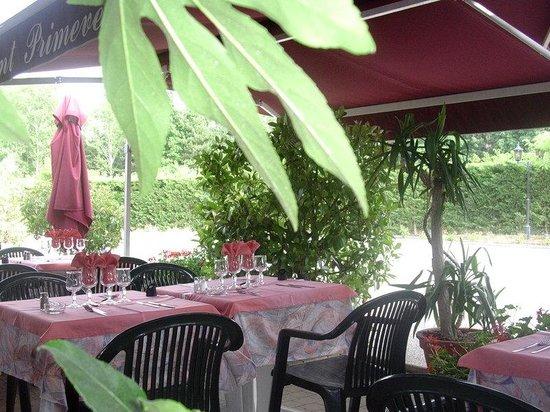 Brit Hotel Agen - L'Aquitaine: Outside restaurant with terrace
