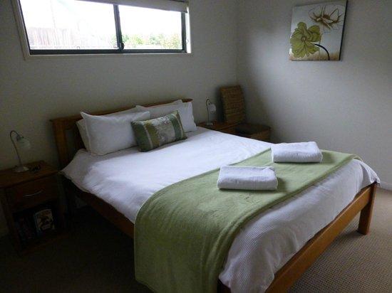 Pomodoras on Obi: Main bedroom