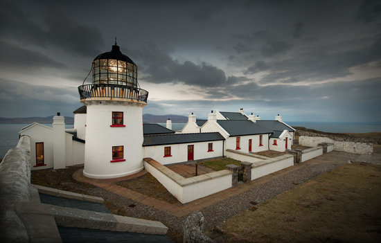 Clare Island Lighthouse: Evening at the Lighthouse