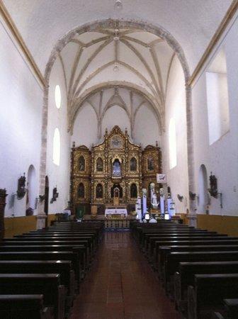 El Atrio del Convento de Izamal: The inside of the church.