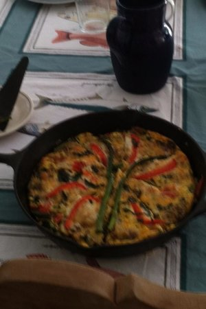 Hermosa Lodge: breakfast 9 to 10am