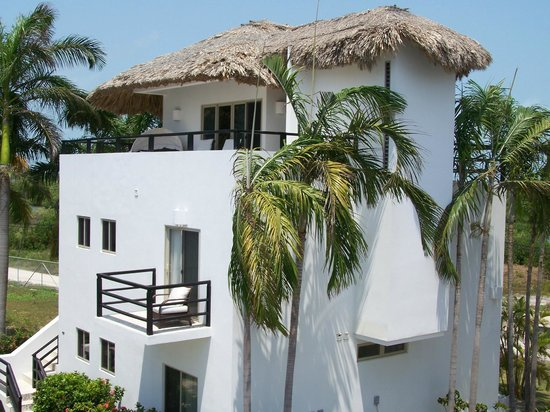 Las Terrazas Resort: top story is all bedroom; smaller roof on R is bath