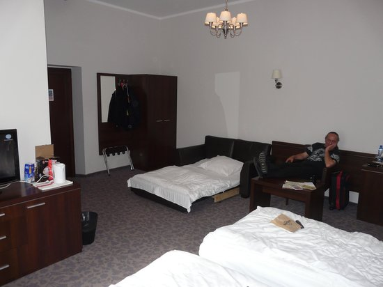 Rezydent Hotel: Triple bedroom (75) Sofa Bed