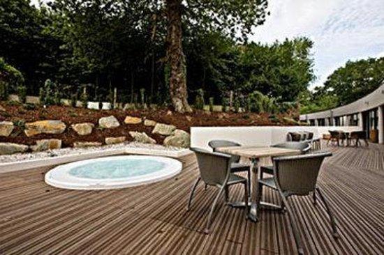 BEST WESTERN PLUS Hotel De La Regate : Hot Tub