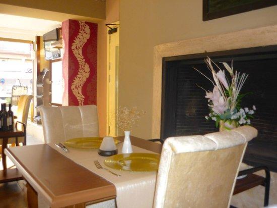 Greenmar Apartments: restaurant - very nice