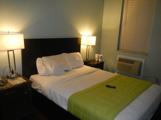Albury Court Hotel in Key West: habitacion