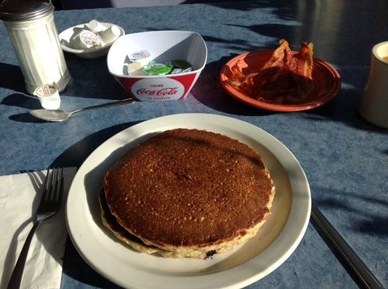 Downtown Diner: Cracked wheat blueberry pancakes