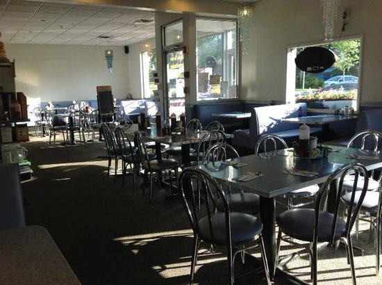 Downtown Diner: Interior