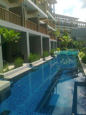 Deevana Plaza Krabi Aonang: view of the pool area