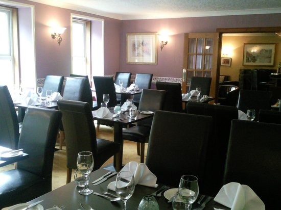 Rowan Tree Country Hotel: New refurbished dining room