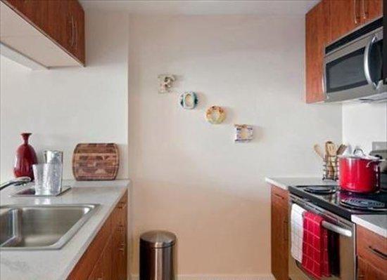 Allcity-Grand Suites : Kitchen