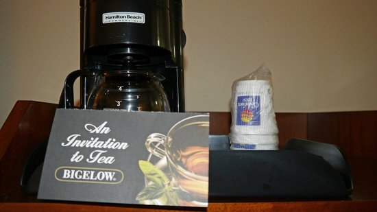 Comfort Inn Huntsville: coffee pot