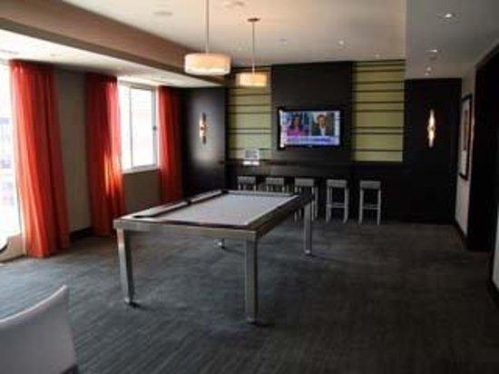 Meridian at Pentagon City : Game Room