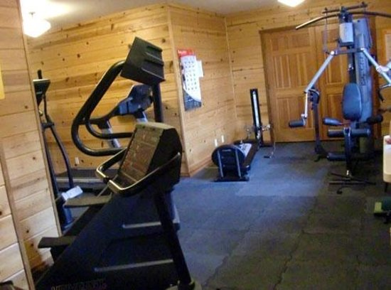 Stanford Inn by the Sea: Workout room