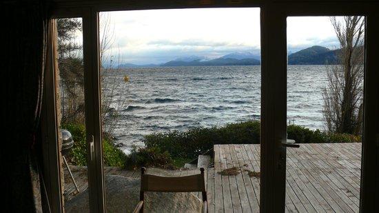 Apart Hotel Cabanas Balcon al Lago: Vista al lago