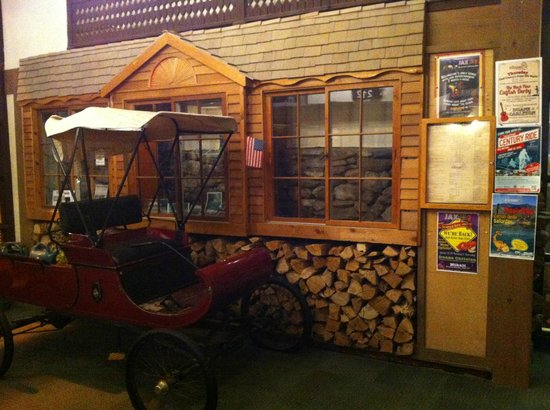Summit Lodge & Resort : Foyer area