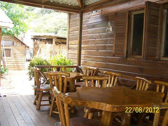 Cabanas Laru Beya: El comedor