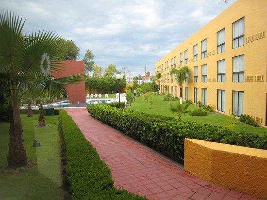 Fiesta Inn Aguascalientes: Edificio