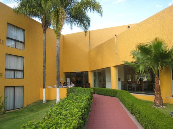 Fiesta Inn Aguascalientes: Entrada a Restaurante