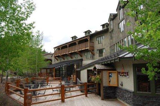 Tamarack Lodge : Pine Inn Hotel