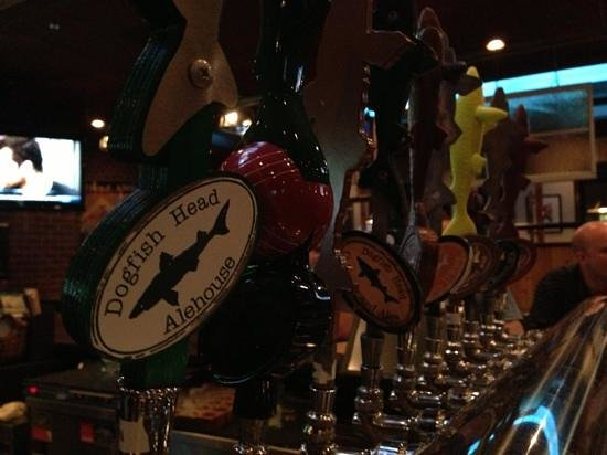 Dogfish Head Alehouse: only beers