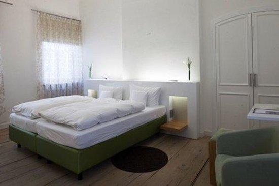 Kloster Holzen Hotel: Guest Room