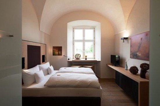 Kloster Holzen Hotel: Guest Room