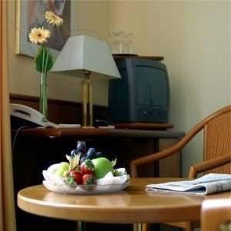 Hotel Kurfürstendamm am Adenauerplatz: Guest Room